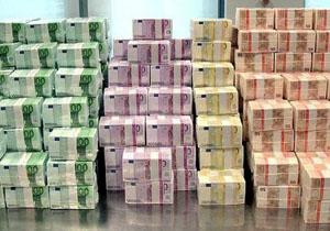 Валютные счета в банках рф могут стать недоступными для госслужащих